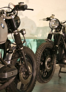 BMW r100rt Scrambler - Barn Built Bikes